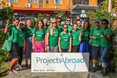 Projects Abroad volunteers and staff take a photo together before heading out to participate in a Community Day in Fiji.