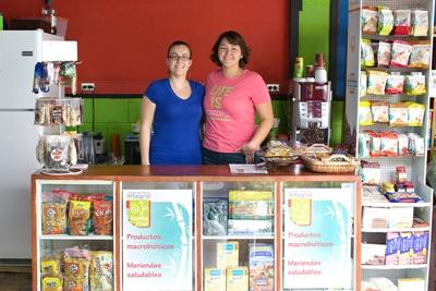 Projects Abroad Business intern together with a Costa Rican entrepreneur in Latin America.