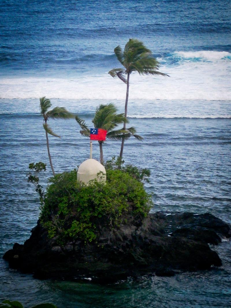 pacific islands essay Free essay: the people of hawaii and other pacific island nation groups have experienced great injustice from their colonial powers and the acts of.
