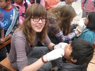 Volunteer on a Short Term Dentistry Project Abroad