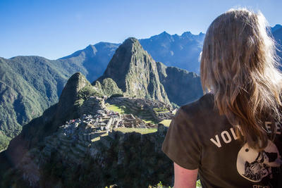 Volunteer travel to developing countries with Projects Abroad