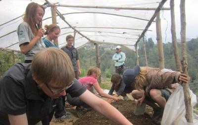 Volunteers on the Conservation project in Nepal working with the flora and fauna of the Himalayas