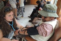 Volunteer in Bolivia for High School: Medicine & Spanish