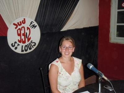 Law intern in Senegal speaks about human rights issues on a radio show