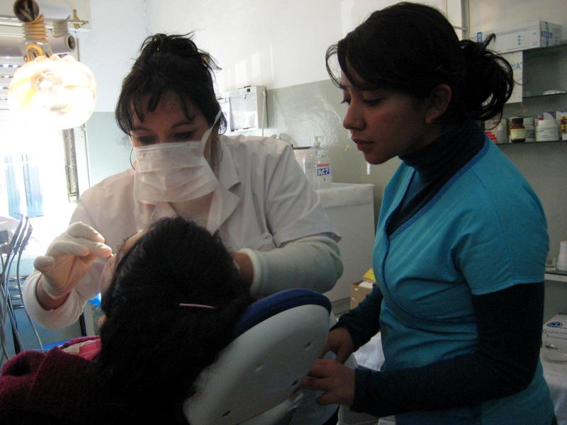 Volunteer Dentistry Internships Abroad | Projects Abroad
