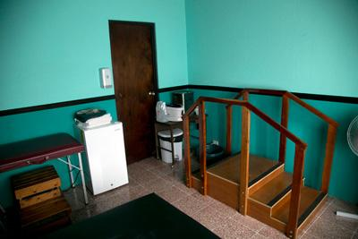 The physical therapy room at one of the physical therapy placements in Costa Rica