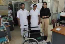 A Physical Therapy volunter in Sri Lanka with her local colleagues at a hospital