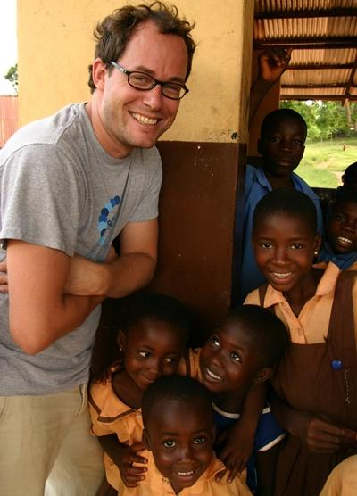 Professional social work volunteer working with children in Ghana