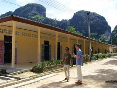Professional teaching volunteer at school placement in Thailand