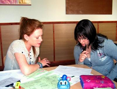 Teaching volunteer in Romania works with adults in schools and institutions