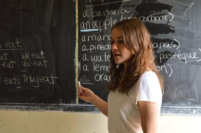 Projects Abroad Teaching volunteer leads a class in Senegal, Africa.