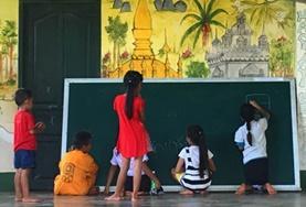 Volunteer Laos